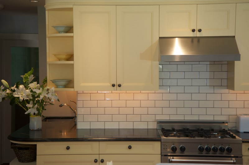 Subway Tile Is A Clic For Many Kitchens Note The Under Counter Lighting